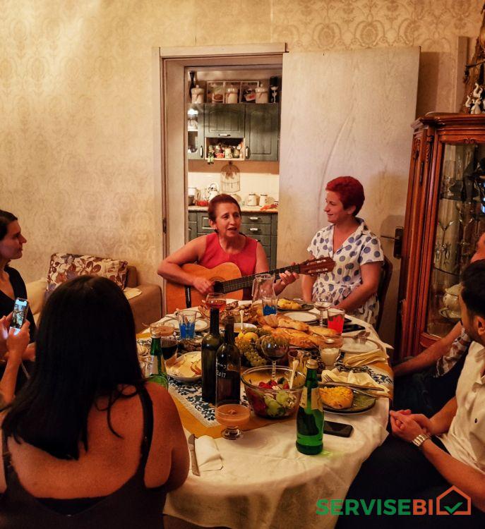 სახლში სადილობ ქართველ ოჯახებთან - Homedining with Georgian Families