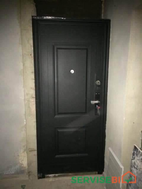 ლითონის კარის მონტაჟი, საკეტების შეცვლა და პეტლების რეგულირება