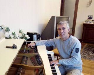 პიანინო როიალის რესტავრაცია